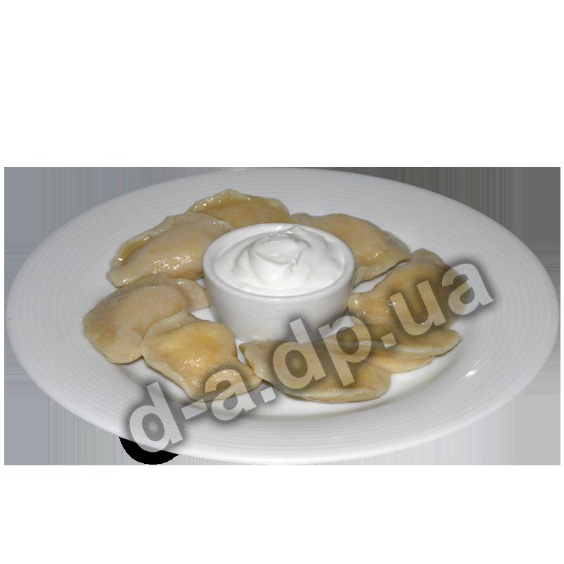 Вареники с картофелем и сметаной
